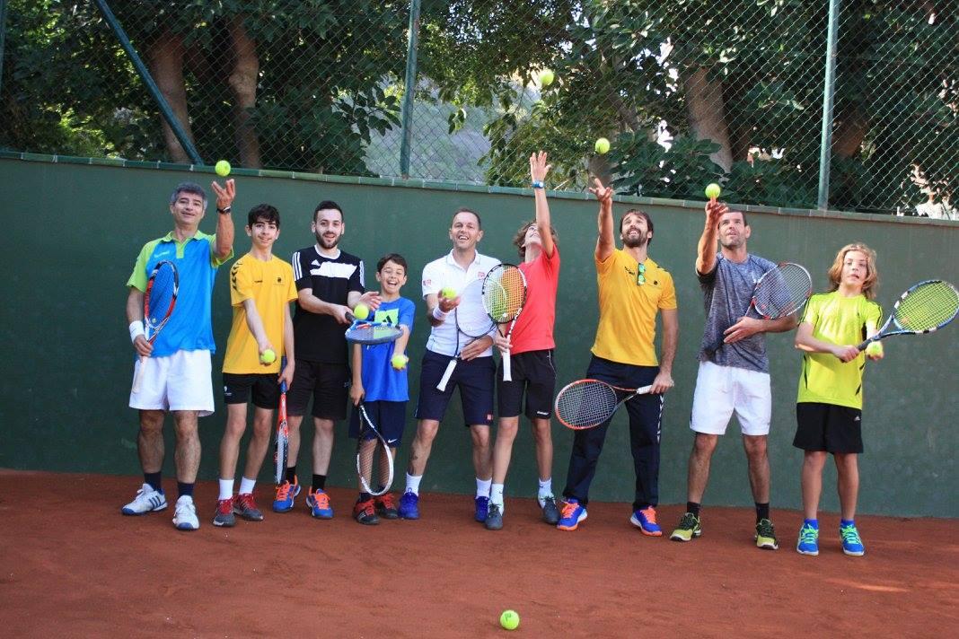 Tenis solidario Seneball
